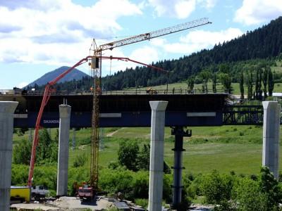 Výstavba diaľnice HYDROSTAR-35-TATRA-T815-PJ-8x8