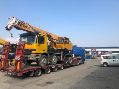 Prevoz autožeriavu (Ťahač MAN TGX 18 400, podvalník BERTOJA)